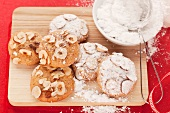 Hazelnut cookies with powdered sugar
