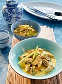 Chicken curry with mushrooms and pineapple-leek vegetables