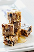Petits fours with cereal grains and honey