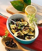 Zucchine al limone con le olive nere (marinated courgettes)
