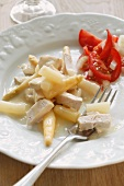 Chicken fricassee with white asparagus