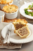 Individual minced meat pie