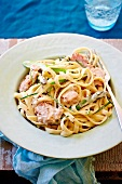 Fettuccine with ham and asparagus