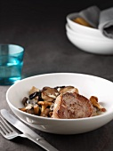 Roast veal with mushrooms