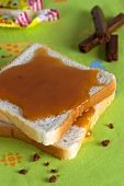 Sliced bread with caramel sauce