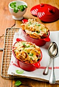 Baked tortellini with cheese and parsley