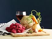 Zutaten für Gulasch mit Sellerie und Karotten