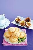 Passion fruit cream tarts