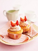 Strawberry cupcakes with white chocolate