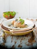 Blätterteigpastete mit Hähnchen und Pilzen