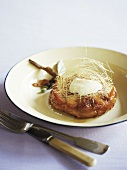 Peach tartlet with goat's cheese