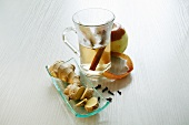 Apple tea with ginger