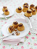 Profiteroles with chocolate