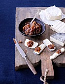Soft cheese with garlic and date chutney