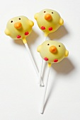Easter chicks as cake pops