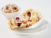 Cranberry muffins with crumble topping