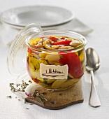Eingelegte weisse Bohnen mit Paprika auf toskanische Art