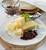 Prune chutney with cheese