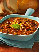 Chilli con carne in a pan
