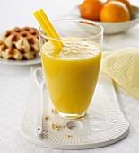 Mandarin and mango shake