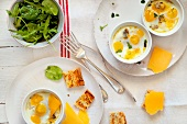 Oeufs cocottes with cheese