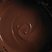 Flüssige Schokolade (bildfüllend)