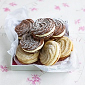 Viennese whirls dusted with icing sugar