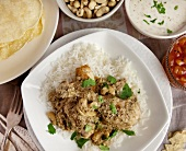 Chicken curry with cashew nuts and rice