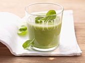 A green vitamin drink
