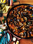 Party paella for Christmas (Spain)