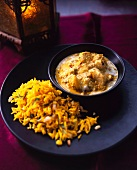 Chicken curry with saffron rice (India)