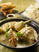Asiatisches Schmorhuhn in cremiger Sauce