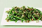 Green beans with walnut pesto