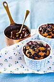 Spekulatius, chocolate and blueberries muffins
