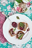 Wholemeal toasts with chicken livers pate, served with cherry preserves