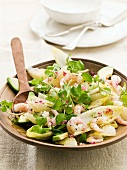 Chicory salad with grapefruit, prawns and avocado