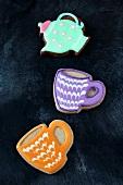 Plätzchen in Tassen- und Teekannenform