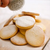 Shortbread with icing sugar