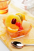 Fruit salad with tinned fruit