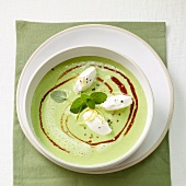 Pea-mint soup with cream cheese dumplings