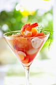 Shrimpscocktail mit Fenchel im Martiniglas