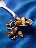 Dried turmeric root