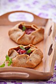 Wholemeal pastry parcels with a pepper & onion filling