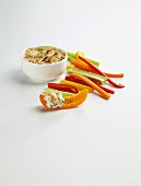Warmer Krebsdip mit Gemüsesticks