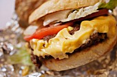 Cheeseburger; Close Up