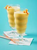 Cinnamon and pineapple smoothies