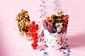 Berry yoghurt and muesli crisp