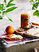 Apricot chutney