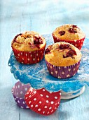 Muffins with cherries and cashew nuts
