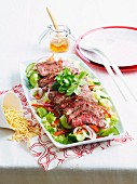 Beef salad with crispy noodles (Asia)